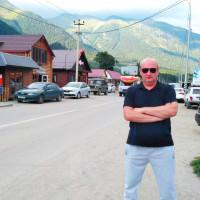 Андрей, Россия, Крымск, 44 года