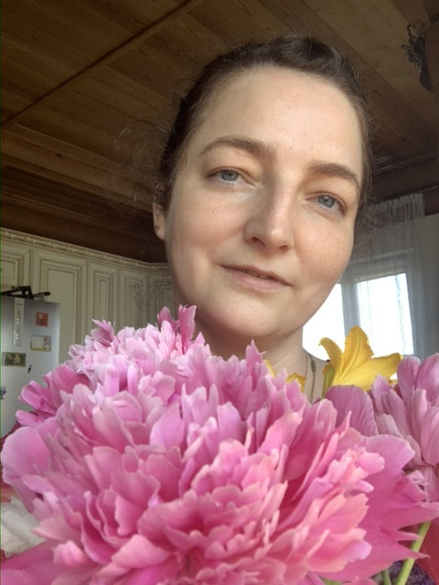 Елена, Россия, Москва, 45 лет, 1 ребенок. Хочу найти Ищу доброго, цельного, ответственного Партнера, друга, с кем ощущаешь тепло, спокойствие, стабильно