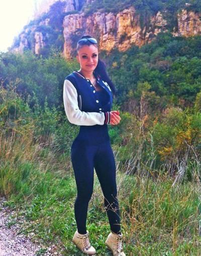 Аня Васильева, Россия, Санкт-Петербург, 27 лет. Хочу познакомиться