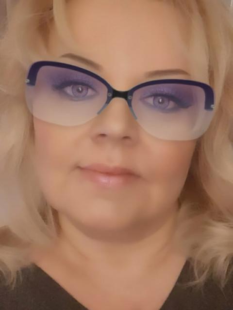 Наталия, Россия, Москва, 46 лет, 1 ребенок. Здравствуйте ,мне 46 лет имею сына 18 лет и все больше у меня никого нет,даже друзей.Сыну вообще пле