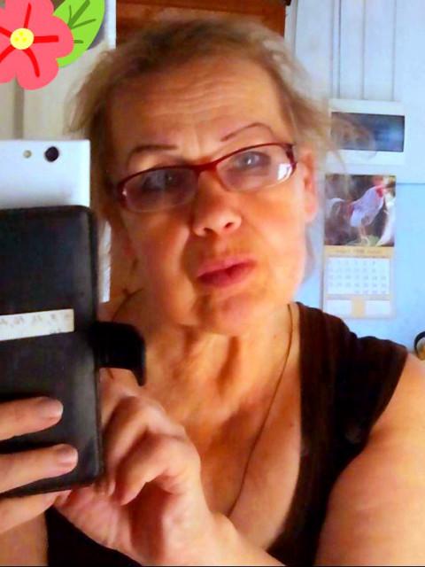 Светлана, Россия, Суздаль, 66 лет, 2 ребенка. Здравствуйте. Меня зовут Светлана. Живу я во Владимирской области. У меня есть две дочери, у каждой
