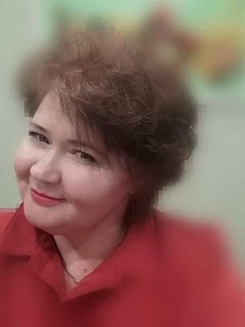 Светлана, Россия, Инжавино, 48 лет. Работаю в школе педагогом. Живу одна. Вдова. Дети взрослые. По характеру спокойная, нежная,  правосл