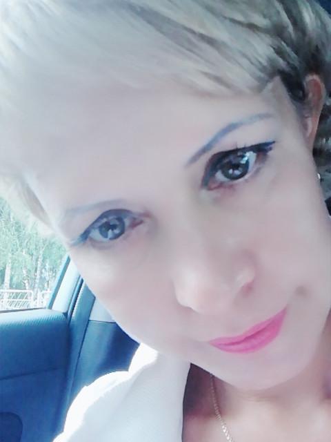Ирина, Россия, Барнаул, 40 лет, 1 ребенок. Познакомлюсь с серьёзным мужчиной от 34 до 45 лет. Дева. Весёлая, общительная. Веду здоровый образ ж
