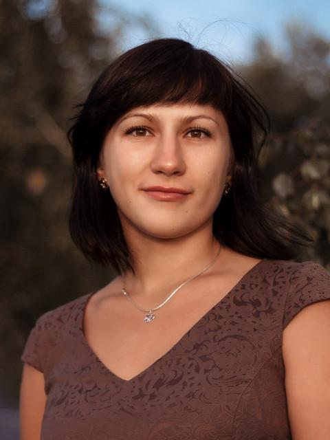 Анна, Россия, Омск, 33 года, 1 ребенок. Хочу найти Надежного, моногамного любящего и заботливого.