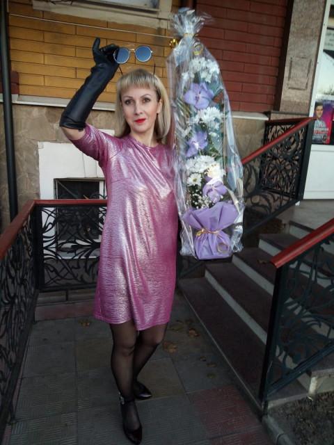 Лариса, Россия, Севастополь, 45 лет, 1 ребенок. Живу в Севастополе. Разведена. Имею сына 29 лет. Проживаем вместе. Я в данное время не работаю. Сын