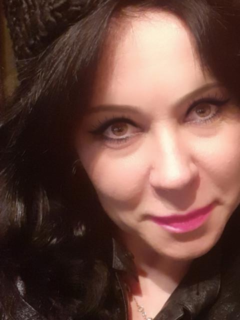 Оксана, Россия, Москва, 44 года, 1 ребенок. Хочу найти серьёзного мужчину из Москвы. Женатых прошу не беспокоить, одноразовые встречи не интерес