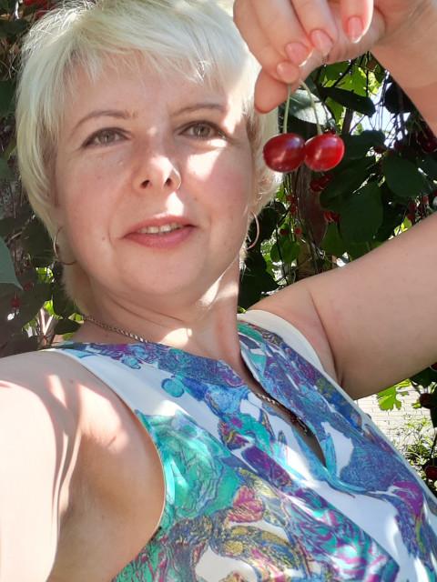 Елена, Россия, Сочи, 47 лет, 3 ребенка. Хочу найти Хочу встретить образованного, интеллигентного, доброго мужчину.