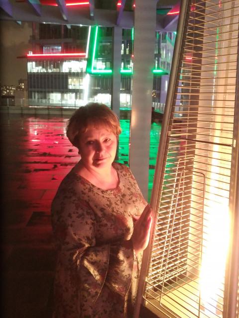Марина, Россия, Москва, 60 лет. Хочу найти Хочу встретить нормального мужчину , с чувством юмора, легкого на подьем.