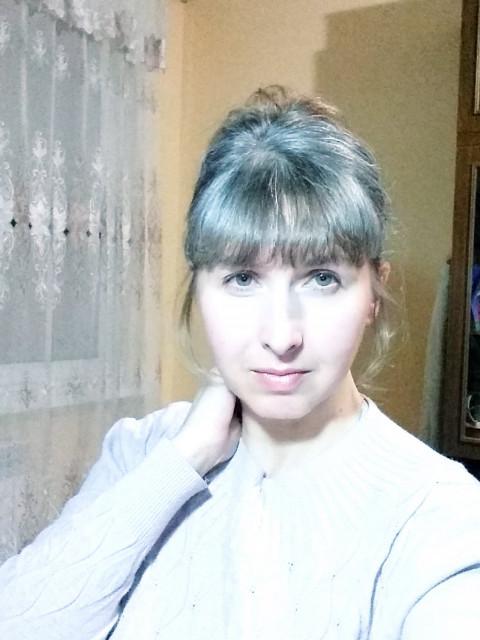 Елена, Россия, Екатеринбург, 40 лет. я классная девчонка))) умею хранить верность, без вредных привычек, радостная. спокойная. ищу ПОДОБН