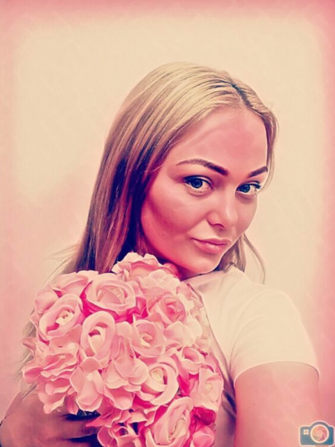 Татьяна, Россия, Санкт-Петербург, 34 года. Активная, позитивная девушка с  хорошим чувством юмора. Детей нет  по крайней мере пока нет.