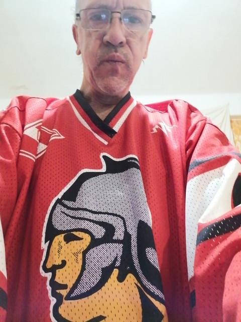 Леонид, Россия, Санкт-Петербург, 53 года, 1 ребенок. Обычный Питерский водитель. Есть дочь. Живёт с мамой. По интересам... Велик, коньки, в театр к дочке