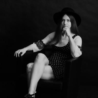 Лилия Змиевская, Россия, Пенза, 30 лет. Хочу найти Ищу серьезного мужчину, владеющего ремеслами и умеющего справляться с техникой и бытовыми принадлежн