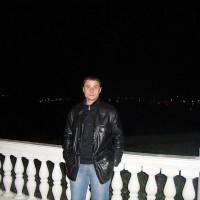 Жека Поваляев, Россия, Славянск-на-Кубани, 41 год