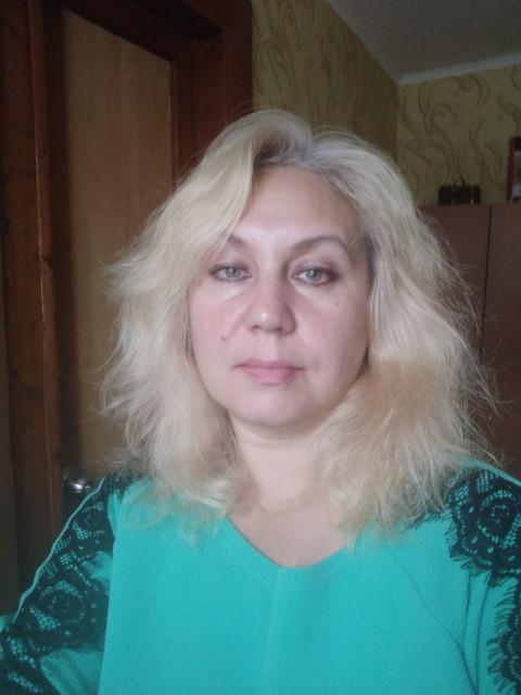 Лариса, Украина, Харьков, 50 лет, 1 ребенок. Хочу найти Стремящийся быть в паре с одной женщиной. Смелый, ответственный, держит слово. Весёлый, добрый, не л