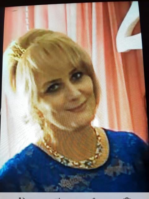 Ирина, Россия, Белогорск, 42 года, 2 ребенка. Хочу найти Познакомлюсь с мужчиной до 50 лет для серьезных отношениях. У меня две девочки.