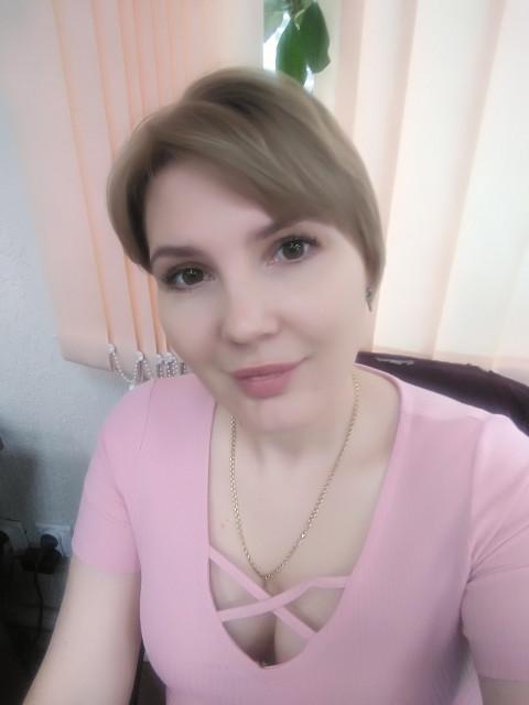 Аня, Россия, Оренбург, 33 года, 1 ребенок. Меня зовут Аня, мне 33 года. Работаю, воспитываю сына. Люблю животных и отдых на природе.