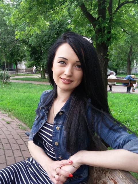 Вера, Киев, Героев Днепра, 32 года, 1 ребенок. я одинокая мама ...живу одна с дочкой...мне 32....дочке 6 Вика...хочу познакомится с девушкой...тоже