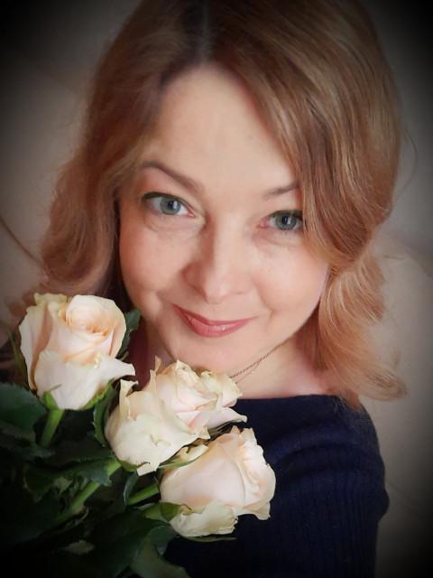 Светлана, Россия, Москва, 46 лет, 1 ребенок. Мечтаю познакомиться  с веселым, спортивным мужчиной , любящим домашних животных для романтичных отн