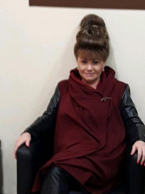 Елена, Россия, Москва, 52 года, 1 ребенок. Позитивная с ч/ю женщина