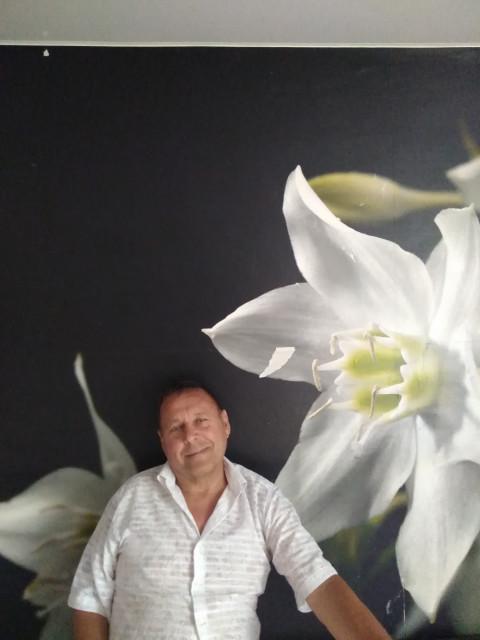 Фарид, Россия, Анапа, 64 года. Разведен, проживанию в Анапе, сам с Екатеринбурга. Люблю путешествия, охоту и рыбалку. По профессии