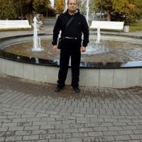 Юра Боюрнов, Россия, Волосово, 44 года