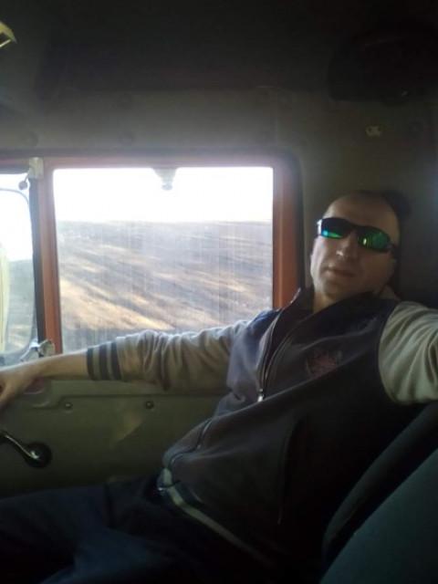 Альберт, Россия, Михайлов, 40 лет. Люблю спорт и так зарабатывать мечтаю о путешествии