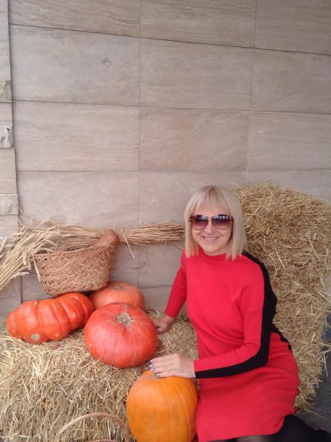 Нелля, Россия, Ростов-на-Дону, 54 года, 1 ребенок. Хочу найти Умный, образованный, культурный, с уважением относящийся к женщинам, без вредных привычек, не состоя