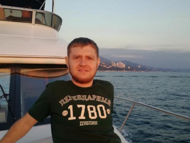 Михаил, Россия, Москва, 33 года. Хочу найти Не курящую!