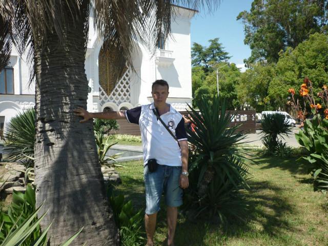 Вадим, Россия, Москва, 54 года. московский москвич) . родился. учился, живу и работаю в москве.   в разводе, познакомлюсь с женщино