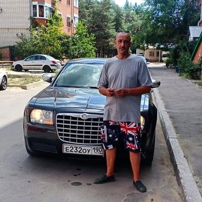 Эдуард Носов, Россия, Рошаль, 50 лет. Работаю водителем-экспедитором. Разведение. Дети взрослые.
