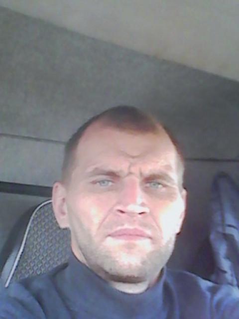 Александр, Россия, Скопин, 41 год, 1 ребенок. Трудолюбивый, по дому привык делать всё сам. Люблю готовить. Есть квартира в Подмосковье г. Пушкино
