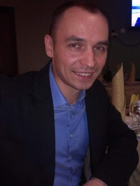 Владимир, Москва, м. Ховрино, 41 год. Хочу найти Женщину, с которой будет приятно и спокойно, весело и интересно. Без короны и накаченых частей тела