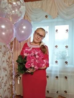 Даша, Россия, Иваново, 19 лет. мне 19 лет учусь на втором курсе в колледже в свободное время люблю гулять проводить время на свежем