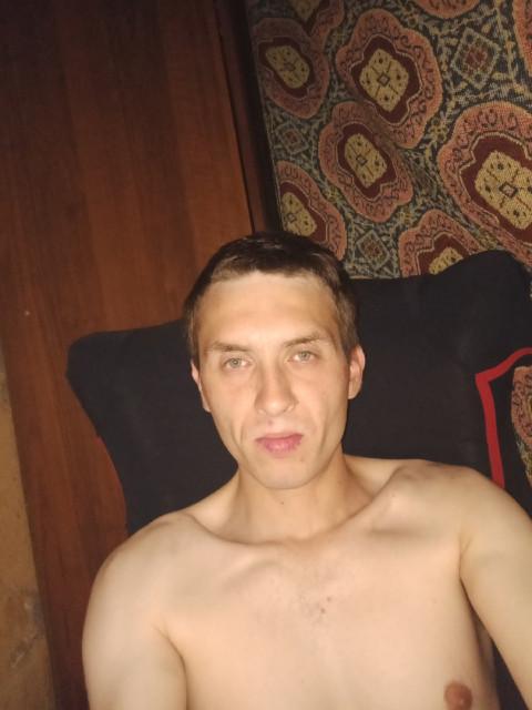 Руслан, Россия, Москва, 27 лет. Познакомлюсь с женщиной для любви и серьезных отношений, дружбы и общения.