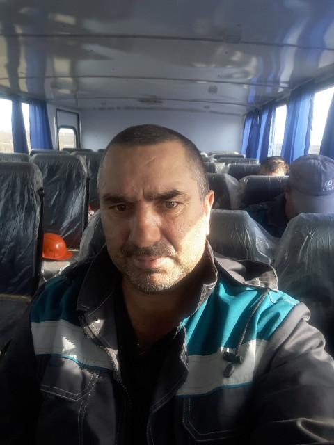 валера, Россия, Омск, 49 лет. Познакомлюсь с женщиной для любви и серьезных отношений.